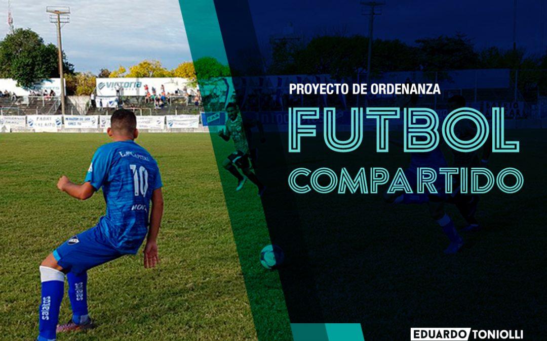 Presentan proyecto para transmitir partidos del fútbol argentino en espacios públicos