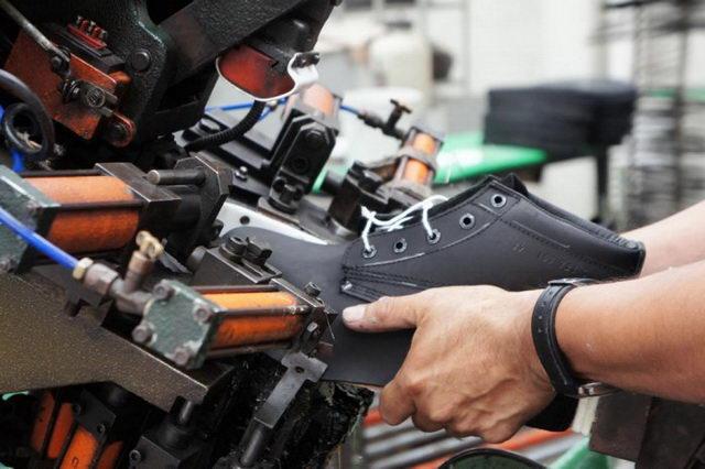 Defensa de la industria del calzado rosarino