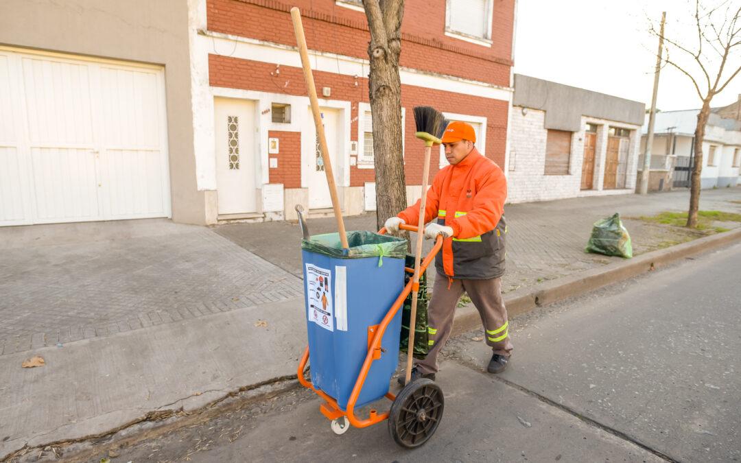 Limpieza de calle Vera Mujica