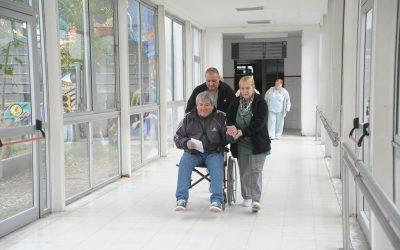 Proponen que la Salud Pública Municipal incorpore el servicio de podología