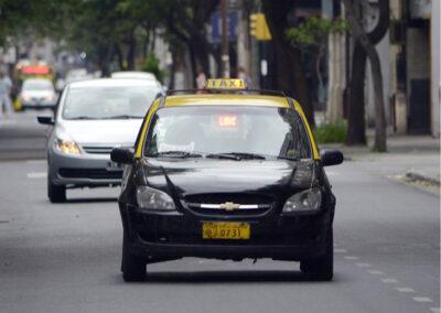 Aplicación de taxis para celulares (MOVI Taxi)
