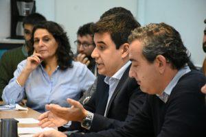 Toniolli con la Multisectorial contra el Tarifazo en el concejo municipal