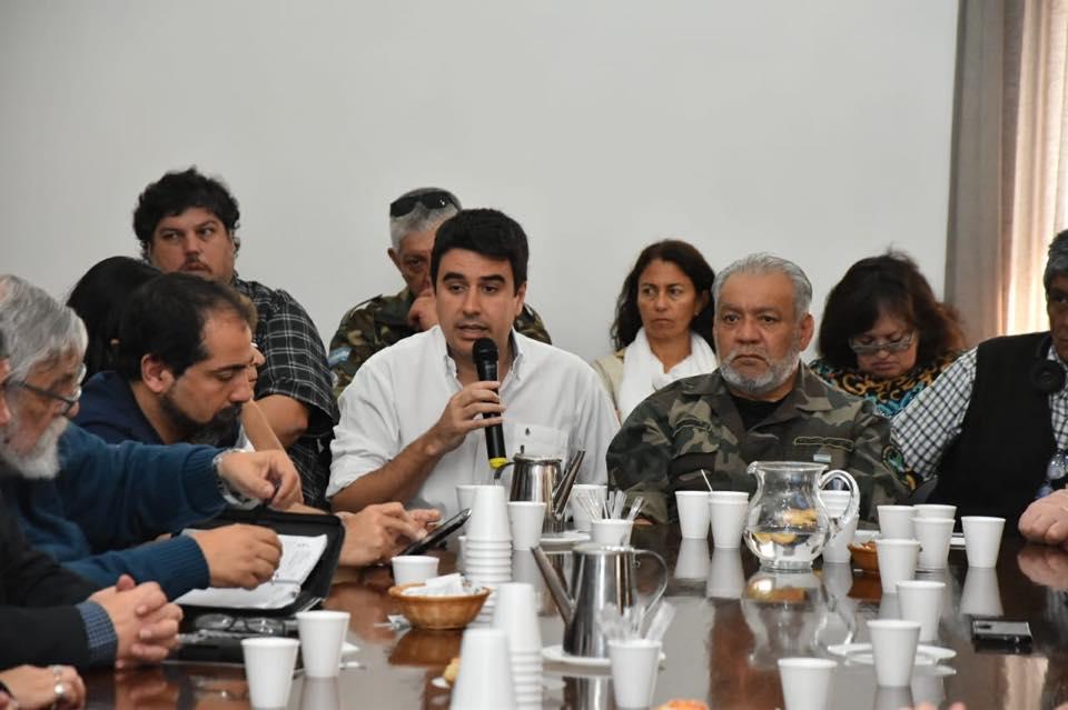 Mesa de Encuentro por la Emergencia Social